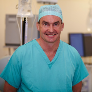 Mr Andy Cossey, Consultant Orthopaedic Knee Surgeon